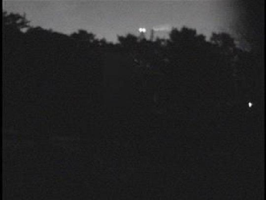 千葉県のラブ探偵事務所夜間暗視撮影比較~公園②~